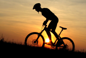 mountainbike-mountain-bike-biciletta-escursione-in-montagna