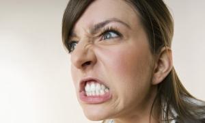 An-angry-woman-007