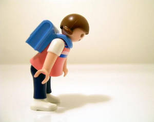 come-prevenire-il-mal-di-schiena-nei-bambini